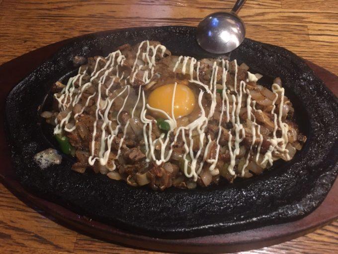錦糸町のフィリピン料理レストラン IPO!IPO!(イポイポ)シシグー