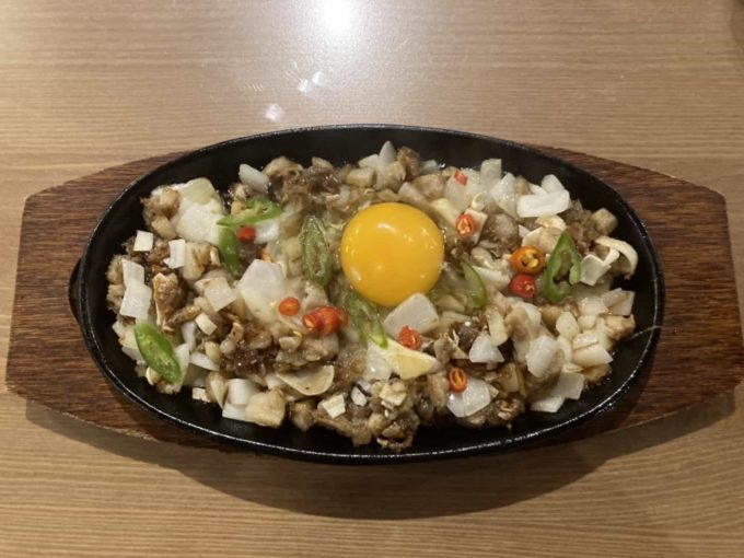 東京・上野のフィリピンレストラン Pangaea(パンゲア) シシグ1
