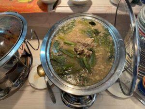 東京・竹ノ塚のフィリピン料理・レストラン ニューハングリー シニガン1