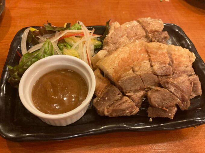 東京・浅草橋のフィリピン料理・レストラン 居酒屋Rin ポークチョップ1