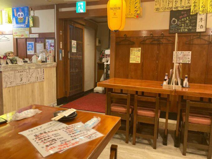 東京・浅草橋のフィリピン料理・レストラン 居酒屋Rin 内装2