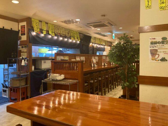 東京・浅草橋のフィリピン料理・レストラン 居酒屋Rin 内装1
