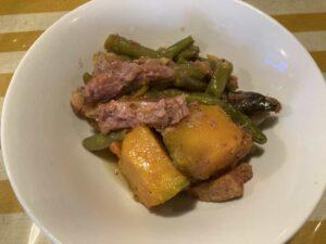 東京・竹ノ塚のフィリピン料理・レストラン ニューハングリー ピナクベット2