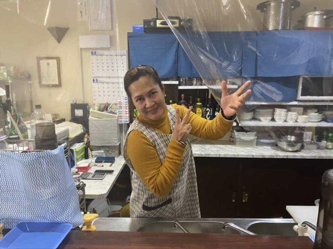 東京・大塚のフィリピン料理レストラン 食べ放題 フィエスタサオオツカ ママさん