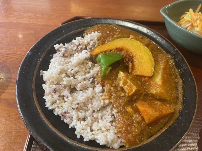 東京・下北沢のフィリピン料理・レストラン かまいキッチン カルデレータライス3