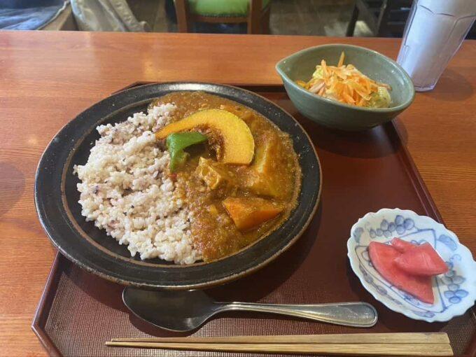 東京・下北沢のフィリピン料理・レストラン かまいキッチン カルデレータライス2
