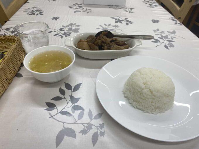 東京都下・八王子・北野のフィリピン料理レストラン ウェンズキッチン ウェンズキッチン チキン・アドボ1
