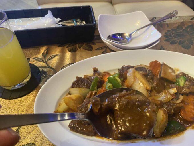 東京・池袋のフィリピン料理・レストラン アテン カルデレータ1