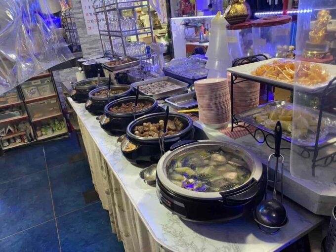 東京・蒲田のフィリピン料理・レストラン 食べ放題 シンディーズレストラン 食べ放題全体