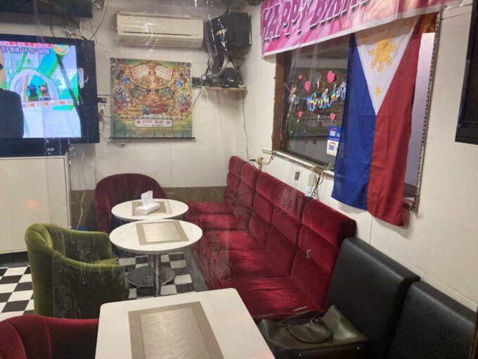 東京都下・久米川のフィリピン料理レストラン ピノイマート 内装3