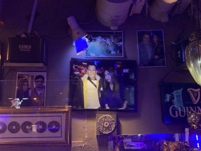 東京・新宿のフィリピン料理・レストラン イハワン(IHAWAN)来店有名人1