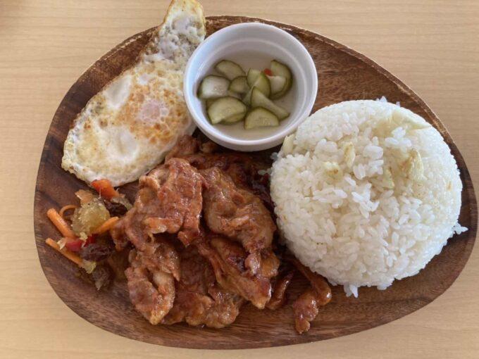 東京・羽村市のフィリピン料理・レストラン ドニーズキッチン トシログ