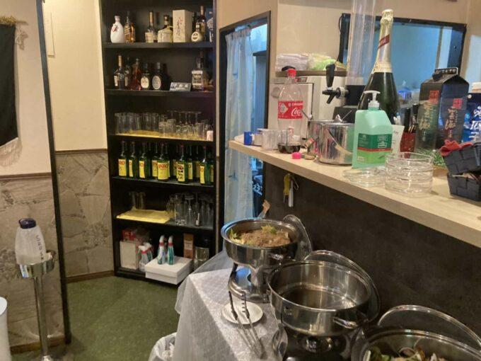 東京・錦糸町のフィリピン料理レストラン キッチンマニラ 内装1