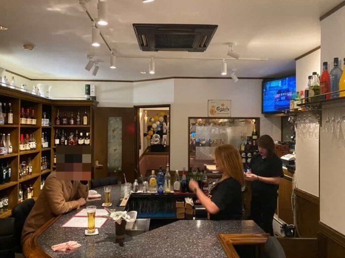 おひとりさまにもおすすめ 東京の居酒屋・バー形式のフィリピン料理・レストラン 高円寺フィリピン酒場YOSHIDA 内装1