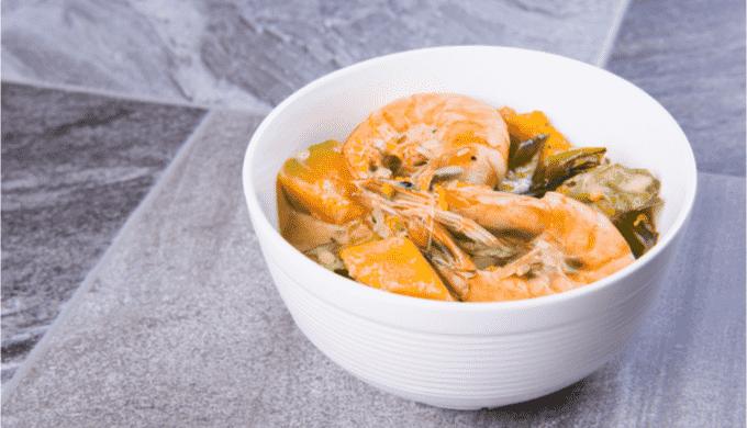 東京で食べられるフィリピン料理 ギナタアン・ヒポン