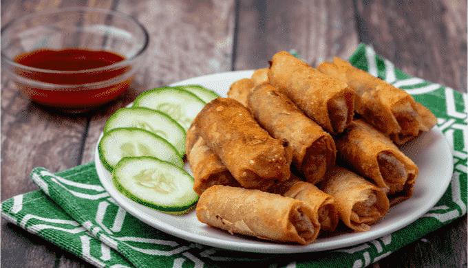 おつまみにおすすめのフィリピン料理 ルンピア・シャンハイ